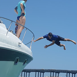 flying lessons by Olin Crabtree - Sports & Fitness Watersports