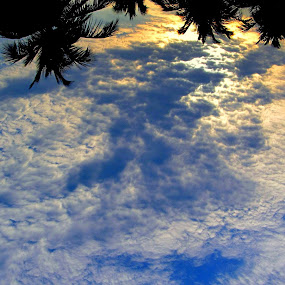 An incredible sight... by Krishna Kumar - Landscapes Cloud Formations ( clouds, sights, sky, nature, beautiful )