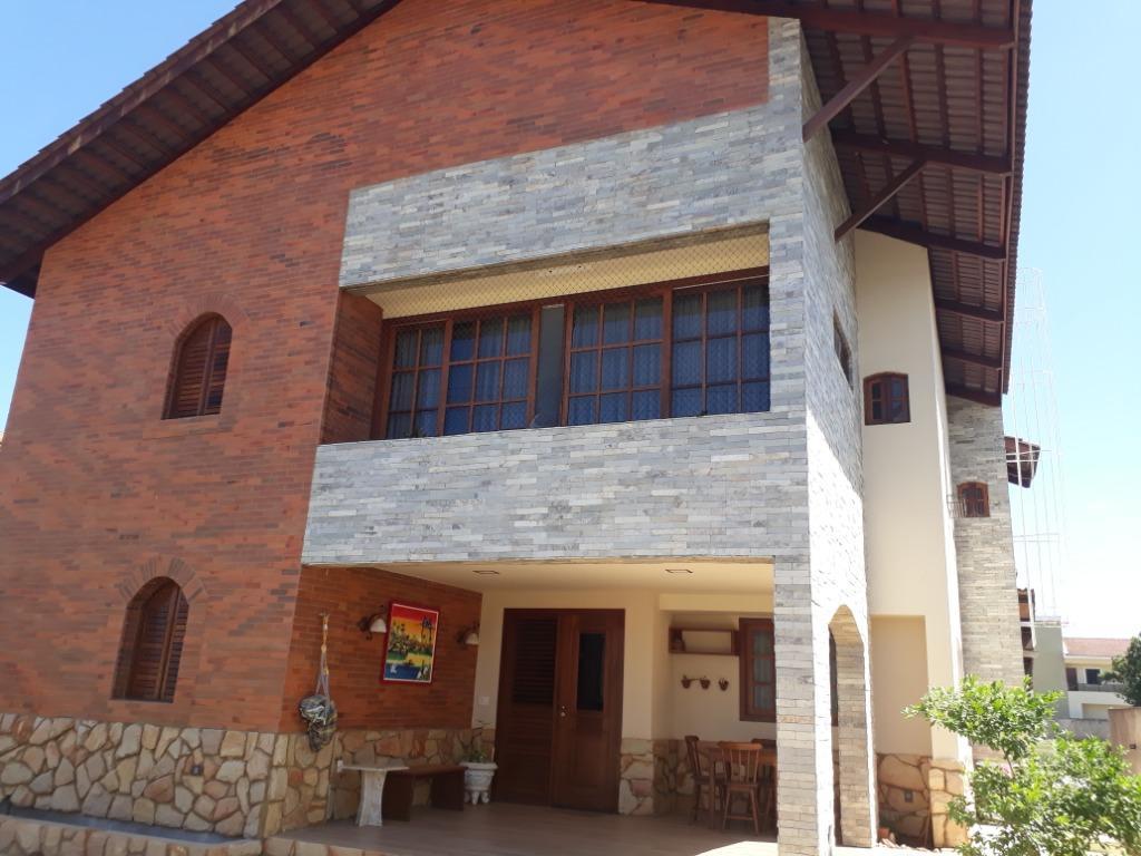 Casa com 3 dormitórios à venda, 307 m² por R$ 1.580.000 - Altiplano - João Pessoa/PB