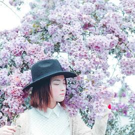 Illusionist Autumn by Rye Yunn - People Fashion