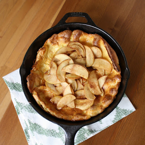 Dutch Baby Pancake With Sautéed Apples