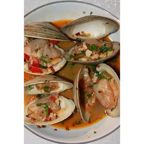 Clams In Garlic and White Wine Sauce