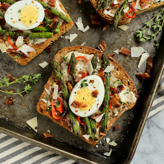 Grilled Asparagus and Red Pepper Toast with Bacon and Egg