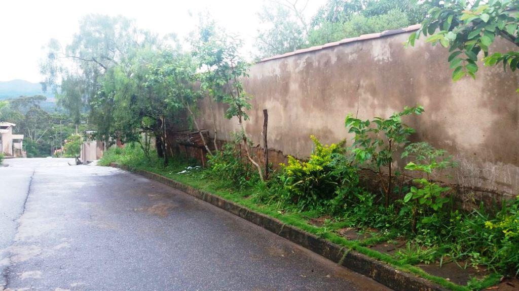Terreno residencial à venda, Residencial Casa de Pedra, Cong...
