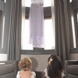 Brides to be by Michelle J. Varela - Wedding Getting Ready
