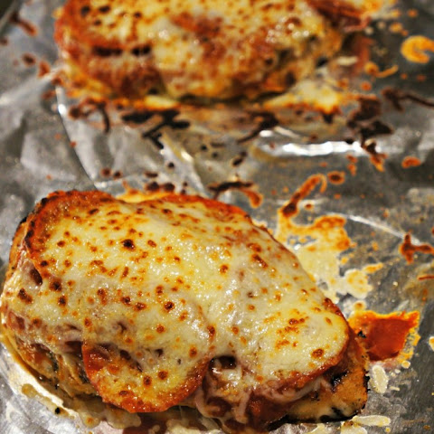 Pizza Stuffed Chicken Breasts Recipe | Yummly