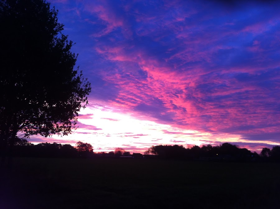 zonsondergang by Margreet Tak-selders - Landscapes Cloud Formations
