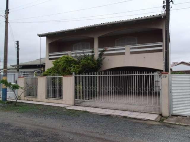 Sobrado residencial à venda, Centro, Navegantes.