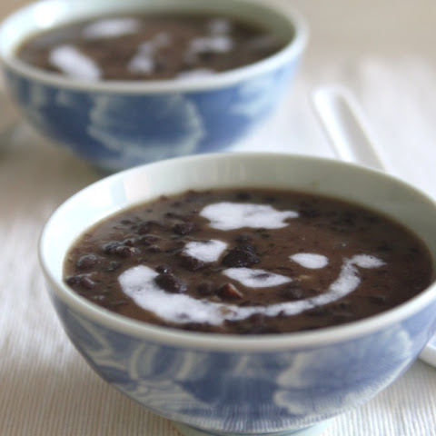 Chinese Coconut Red Bean Soup with Tapioca Pearls
