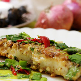 Basa with chilli sauce.. by Alok Kunwar - Food & Drink Plated Food