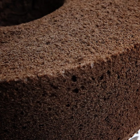 Charcoal Chocolate Chiffon Cake