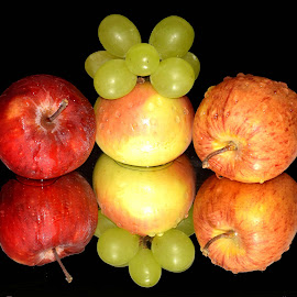 APPLES AND GRAPES by SANGEETA MENA  - Food & Drink Fruits & Vegetables