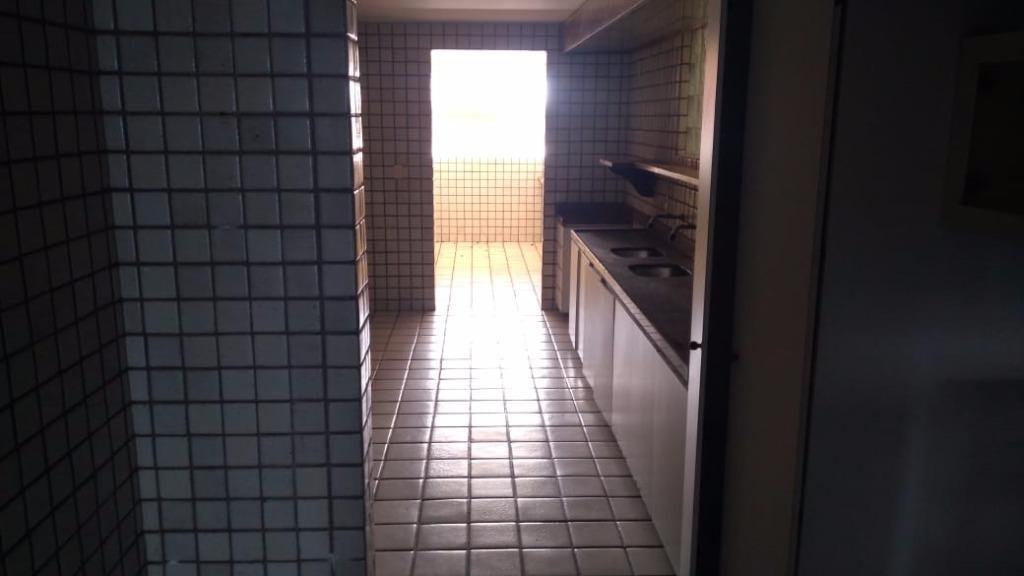 Apartamento com 4 dormitórios à venda, 239 m² por R$ 850.000 - Intermares - Cabedelo/PB