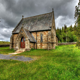 church near gisburn.jpg
