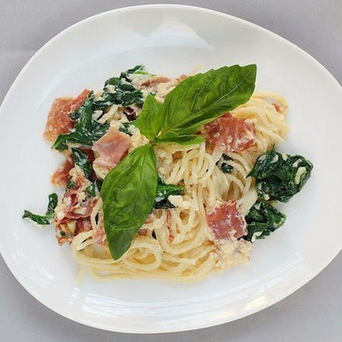 Spaghetti Carbonara with Italian ham