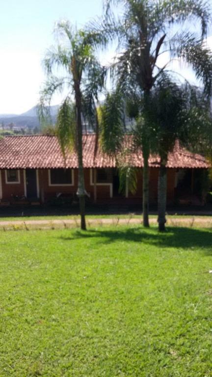 Sítio à venda, 10000 m² por R$ 1.150.000,00 - Estância Santa Maria do Portão - Atibaia/SP