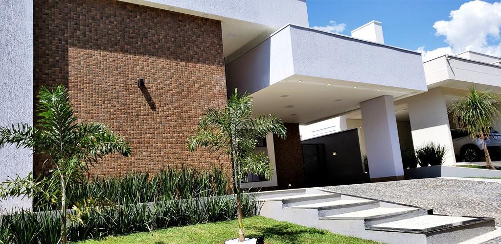 Casa 3 Suítes + Escritório, 220 m² c/ lazer no Mirante do Lago