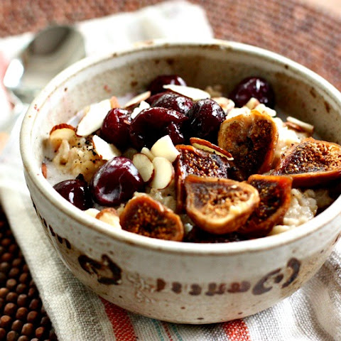 Oatmeal with Dried Figs & Cherries