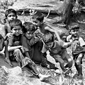 Return to innocence...... by Akash Islam - Babies & Children Children Candids
