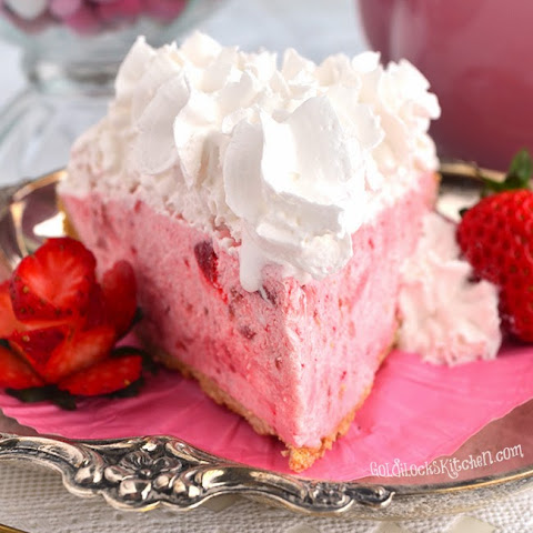 Easy Three Step Strawberry Cream Pie