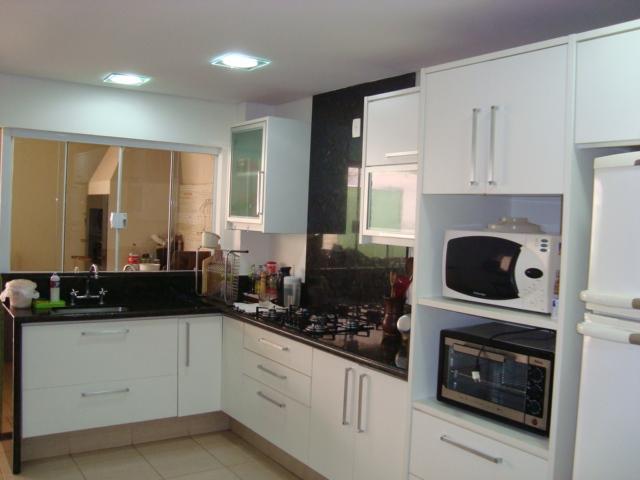 Sobrado residencial à venda, Granville Parque Residencial, Londrina.