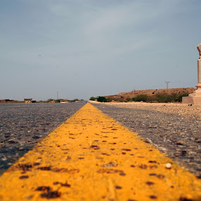 yellow line  by FARAZ AHMED RAJAR - Abstract Patterns ( pakistan, hyderabad, lines, road, yellow, rows )