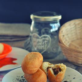 LUTI GENDANG by Muhammad Fadhil - Food & Drink Cooking & Baking ( bread, mantap, roti, gorengan, luti gendang, melayu, enak )