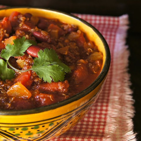 30-Minute Vegetarian Red Quinoa Chili