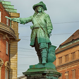 The Admiral by Radu Eftimie - Buildings & Architecture Statues & Monuments ( copenhagen, niels juel's statue )