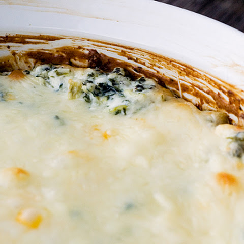 Hot Baked Spinach and Artichoke Dip