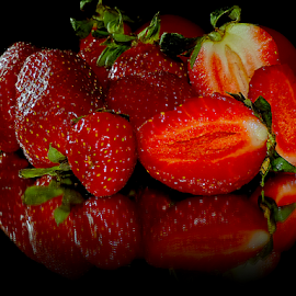 nice strawberry by LADOCKi Elvira - Food & Drink Fruits & Vegetables ( fruits,  )