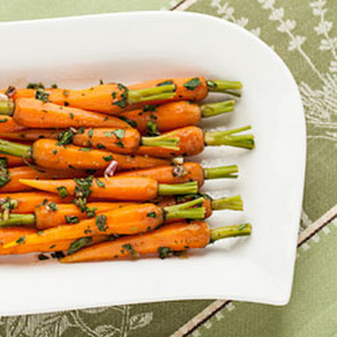 Steamed Baby Carrots with Ginger-Garlic Butter