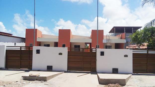 Casa 2 qts, piscina, churrasqueira