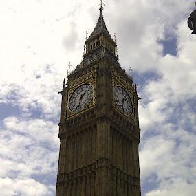 Big Ben by Emilie Robert - Instagram & Mobile Other ( londres, phone, uk, europe, london, holidays, tourism, big ben, clocks, mobile )