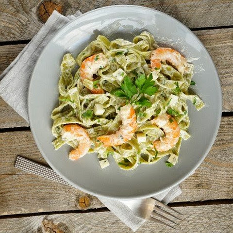 Fettuccine With Alfredo Sauce And Shrimp