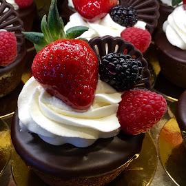 Petite Cakes by Lope Piamonte Jr - Food & Drink Cooking & Baking