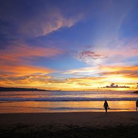 Sunset at Beach by Mulawardi Sutanto - Landscapes Sunsets & Sunrises ( pelabuhan ratu, indonesia, sunset, beach, travel )