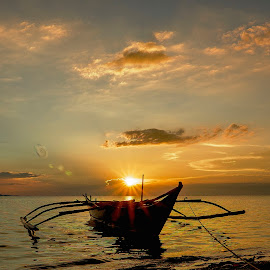 Bosom by Karen Lee - Transportation Boats
