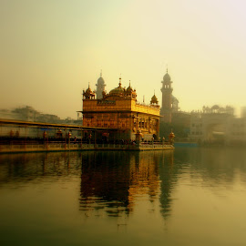 Golden Temple by Parakram Mishra - Buildings & Architecture Places of Worship ( golden temple, sikh, punjab, harmandir sahib, amritsar )