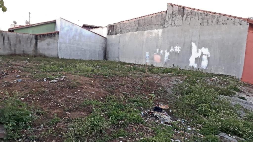 Terreno à Venda - Jardim Santa Marina