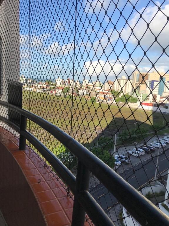 Apartamento com 3 dormitórios para alugar, 110 m² por R$ 1.000,00/mês - Bessa - João Pessoa/PB