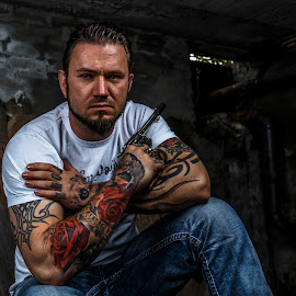 Gansta by Sondre Gunleiksrud - People Body Art/Tattoos ( portrait and people, portrait photographers, guy, tattoos, male, tough, rough, tattoo, man, gun, portrait )