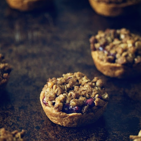 Cranberry Mini-Pies Topped with Walnut Streusel
