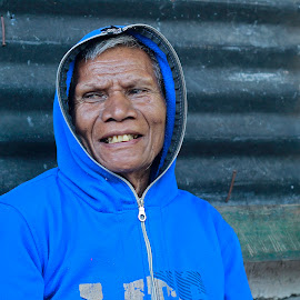 ps beuis by Ronny W Tanjung - People Portraits of Men ( old, village, blue, oldman, men, smile )