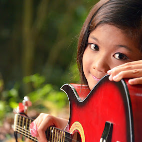 my new guitar by Detector Guard - Babies & Children Child Portraits ( child, good looking, new, guitar, smile )