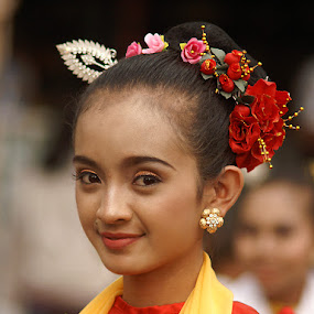 Beauty ... by Willy Aprillianto - People Street & Candids ( fashion, girl )