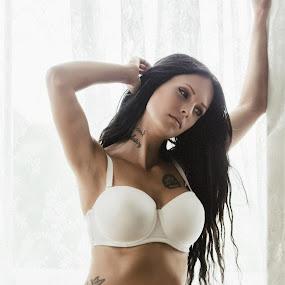 En till bild från gårdagens #boudoir session med Jenny Trollboll Schill #photography #boudoir #model #beauty by Miguel Colinet - Nudes & Boudoir Boudoir