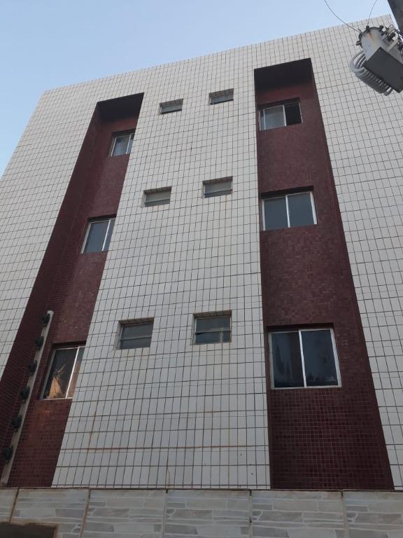 Apartamento com 2 dormitórios à venda, 60 m² por R$ 169.000 - Intermares - Cabedelo/PB
