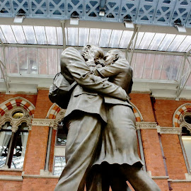 The Meeting Place by David Plummer - Artistic Objects Still Life ( uk, statue, england, london, the meeting place )