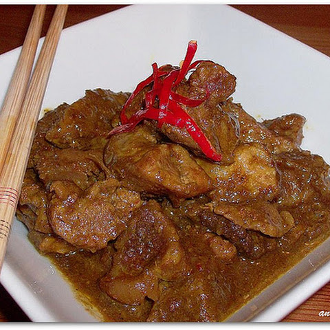 Sautéed Pork with Lemongrass